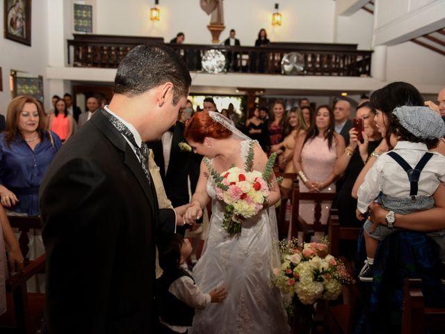 El matrimonio de Rafael y Laura en Medellín, Antioquia 23