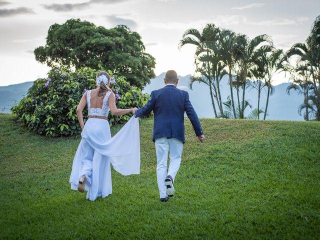 El matrimonio de Cindy y Andrés en Cali, Valle del Cauca 33