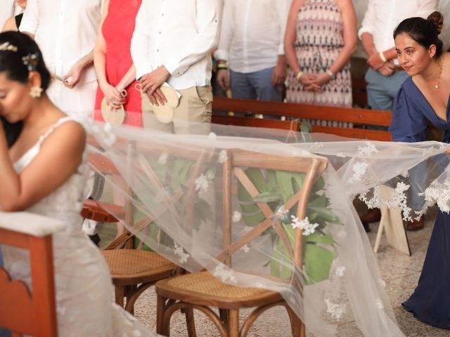 El matrimonio de Christian  y Lorena  en Santa Marta, Magdalena 22