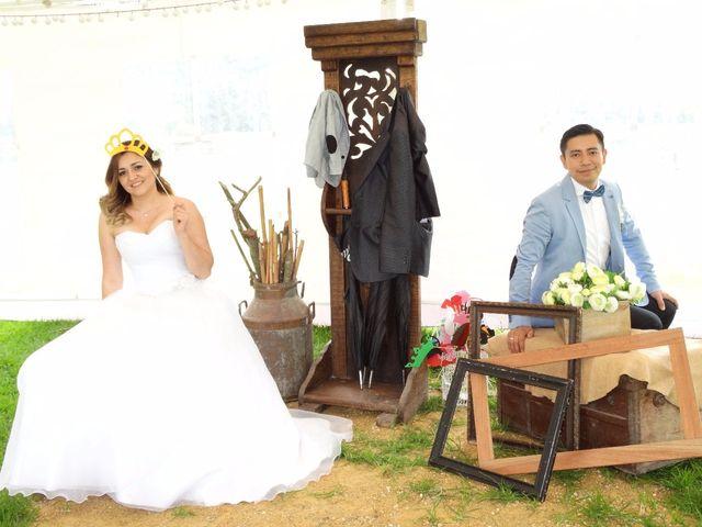 El matrimonio de Carlos y Diana en Madrid, Cundinamarca 8
