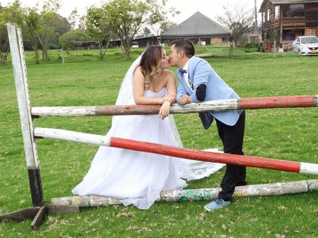 El matrimonio de Carlos y Diana en Madrid, Cundinamarca 22