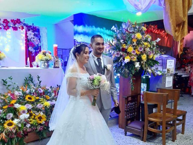 El matrimonio de Santiago  y Lina  en Sabaneta, Antioquia 5