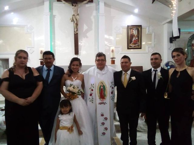 El matrimonio de Luis Alberto  y Aura Rocío en Floridablanca, Santander 5