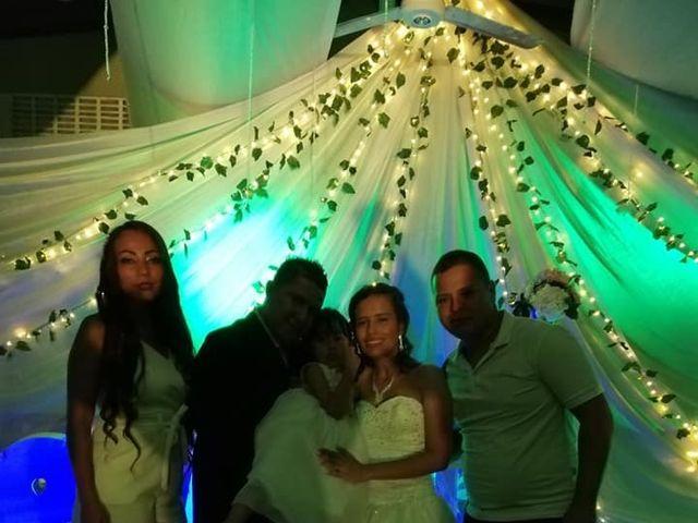 El matrimonio de Luis Alberto  y Aura Rocío en Floridablanca, Santander 9