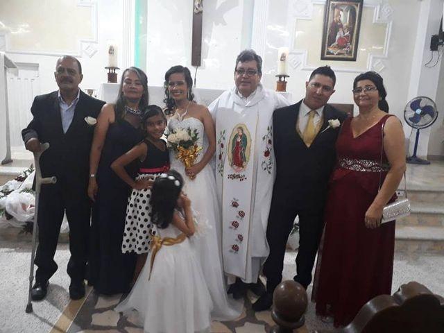 El matrimonio de Luis Alberto  y Aura Rocío en Floridablanca, Santander 14