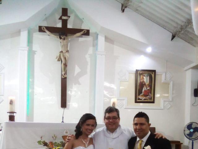 El matrimonio de Luis Alberto  y Aura Rocío en Floridablanca, Santander 17