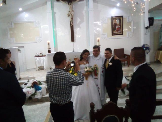 El matrimonio de Luis Alberto  y Aura Rocío en Floridablanca, Santander 19