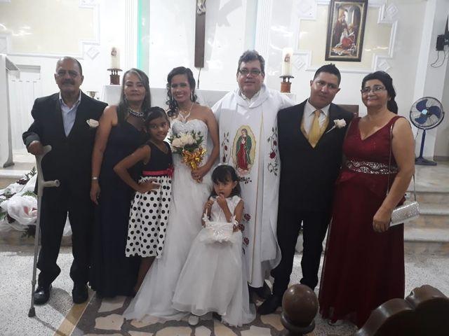 El matrimonio de Luis Alberto  y Aura Rocío en Floridablanca, Santander 33