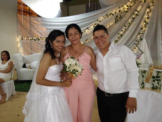 El matrimonio de Luis Alberto  y Aura Rocío en Floridablanca, Santander 36