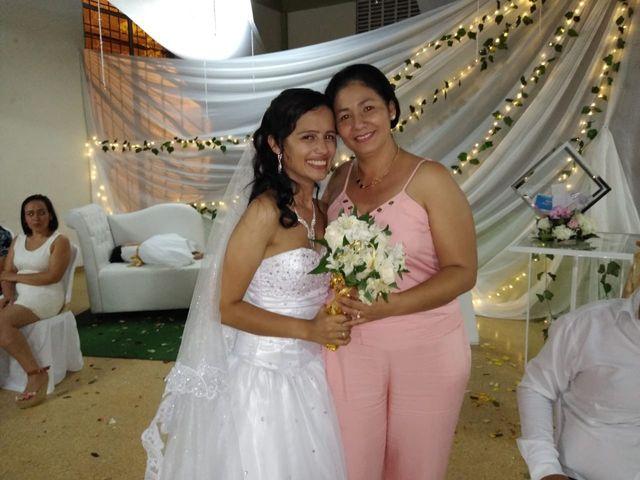 El matrimonio de Luis Alberto  y Aura Rocío en Floridablanca, Santander 40