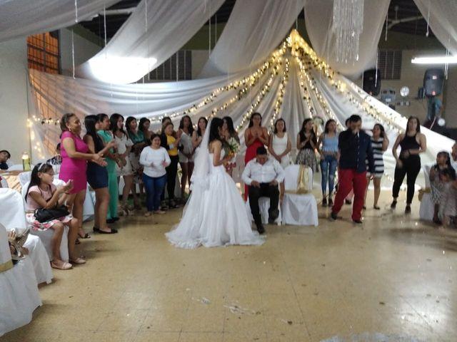 El matrimonio de Luis Alberto  y Aura Rocío en Floridablanca, Santander 48