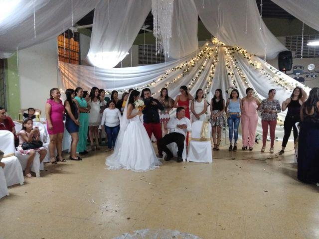 El matrimonio de Luis Alberto  y Aura Rocío en Floridablanca, Santander 54