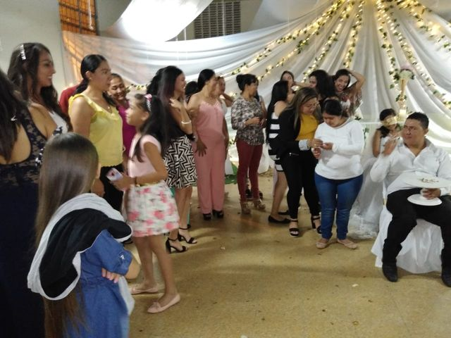 El matrimonio de Luis Alberto  y Aura Rocío en Floridablanca, Santander 56