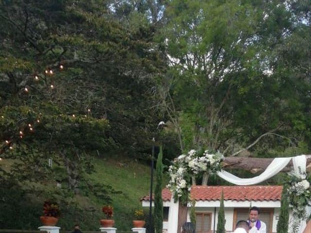 El matrimonio de Ángel María   y Jesline   en Copacabana, Antioquia 4