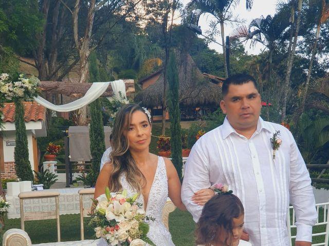 El matrimonio de Ángel María   y Jesline   en Copacabana, Antioquia 7