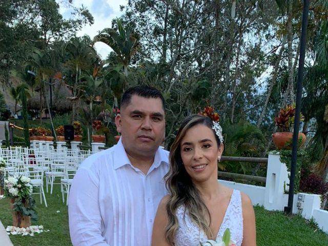 El matrimonio de Ángel María   y Jesline   en Copacabana, Antioquia 15