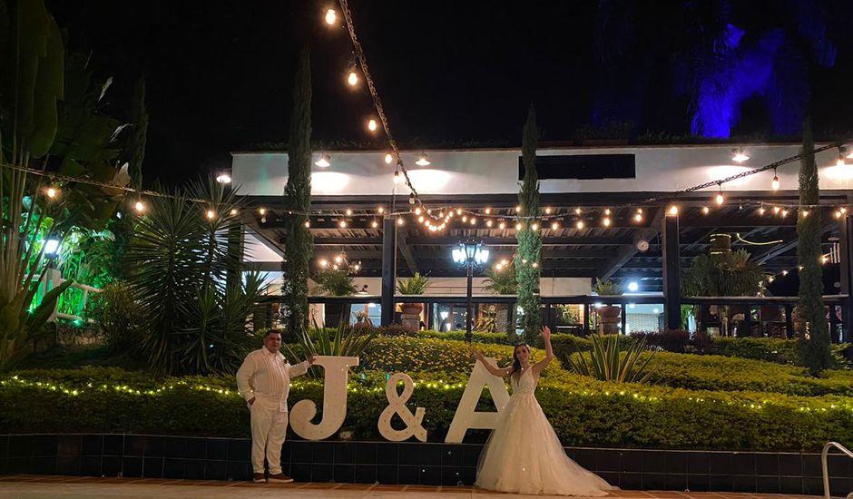 El matrimonio de Ángel María   y Jesline   en Copacabana, Antioquia