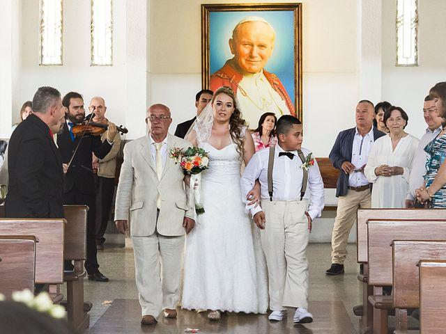 El matrimonio de Alexander y Alejandra en Medellín, Antioquia 17
