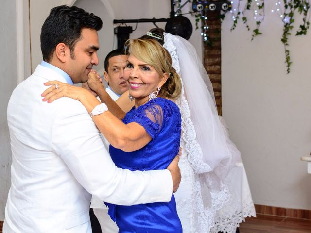 El matrimonio de Vicente y Mary Lourdez en Cartagena, Bolívar 235