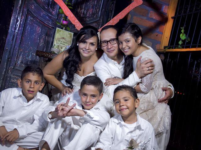 El matrimonio de Alejandro y Patricia en Santafé de Antioquia, Antioquia 35
