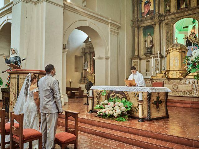El matrimonio de Carlos y Marcela en Santafé de Antioquia, Antioquia 11