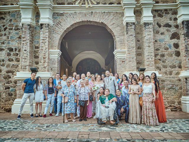 El matrimonio de Carlos y Marcela en Santafé de Antioquia, Antioquia 23
