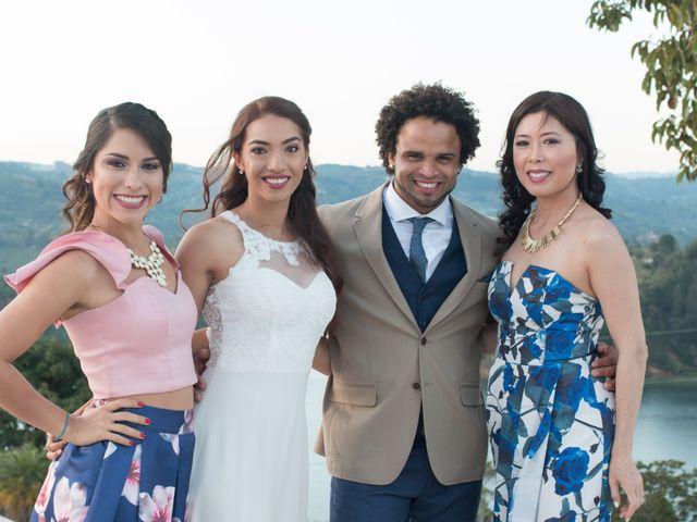 El matrimonio de Rayson y Laura en Guatapé, Antioquia 48