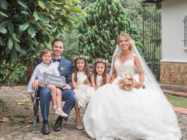 El matrimonio de Santiago y Ana María en Medellín, Antioquia 13