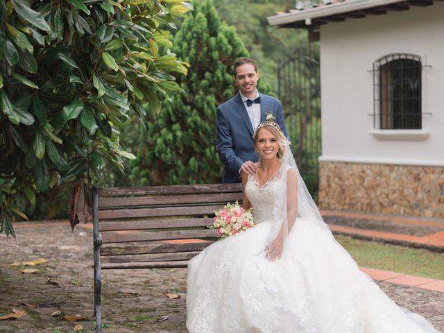 El matrimonio de Santiago y Ana María en Medellín, Antioquia 18