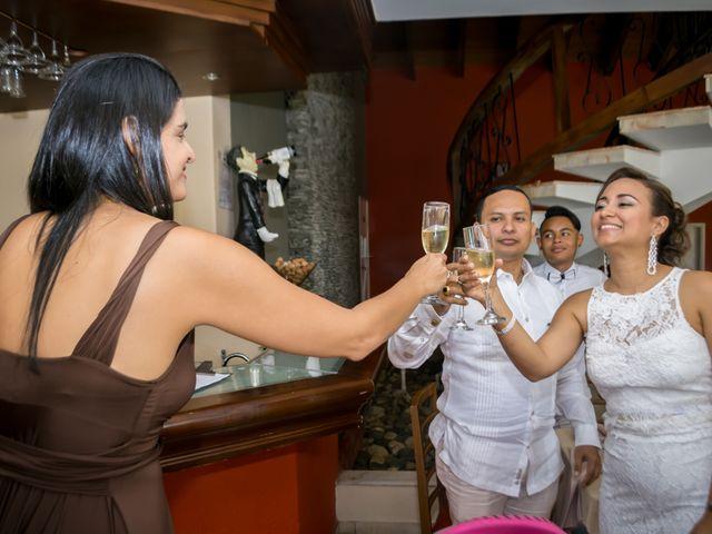 El matrimonio de Juan Alonso y Rosana en Santa Marta, Magdalena 15