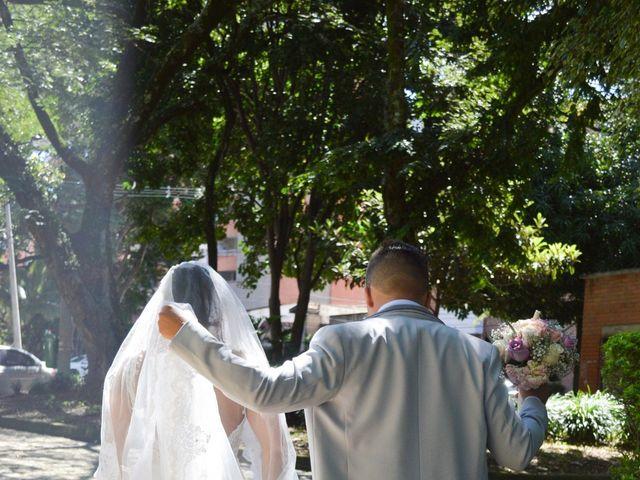 El matrimonio de Bryan y Maria Camila en Medellín, Antioquia 30