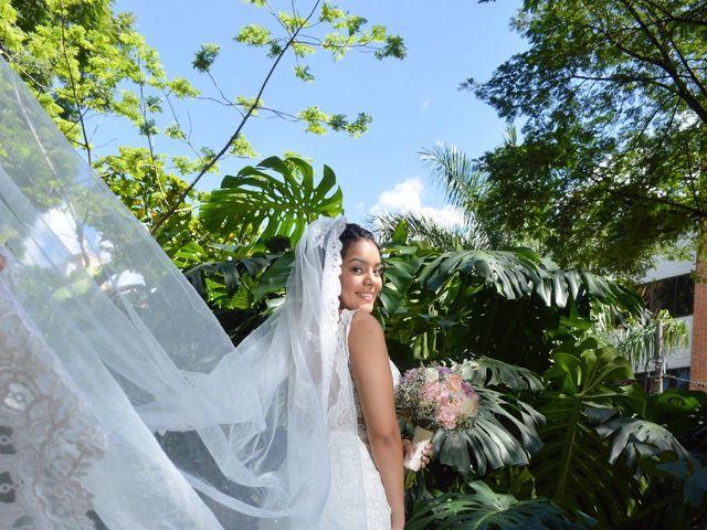 El matrimonio de Bryan y Maria Camila en Medellín, Antioquia 35