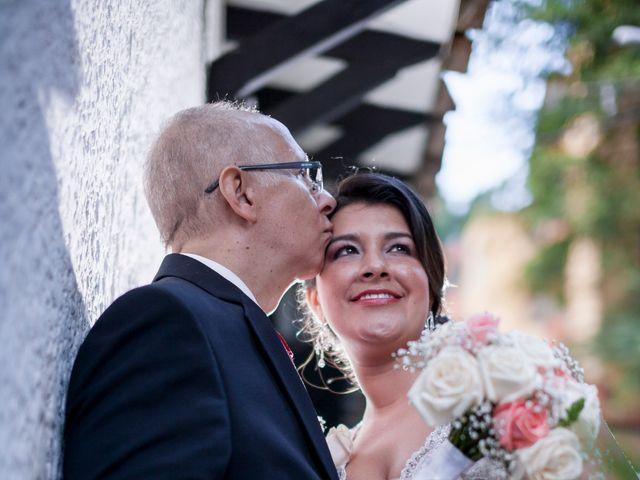 El matrimonio de John Jairo y Alejandra en Medellín, Antioquia 12