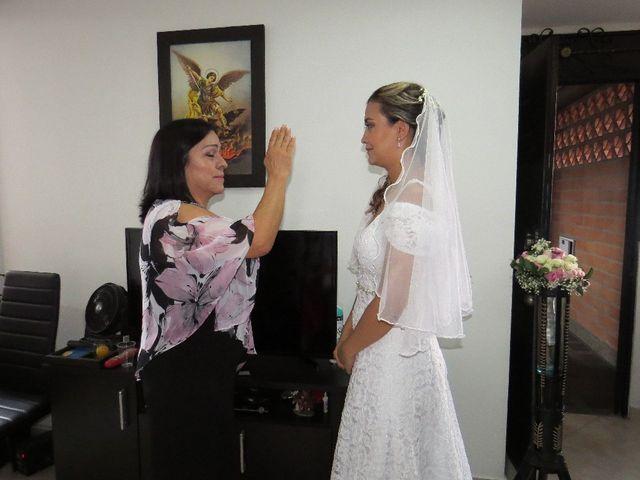 El matrimonio de Pipe y Jenny en Medellín, Antioquia 13