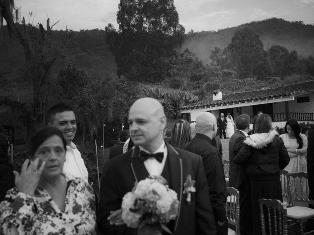 El matrimonio de Victor y Carolina en Rionegro, Antioquia 10