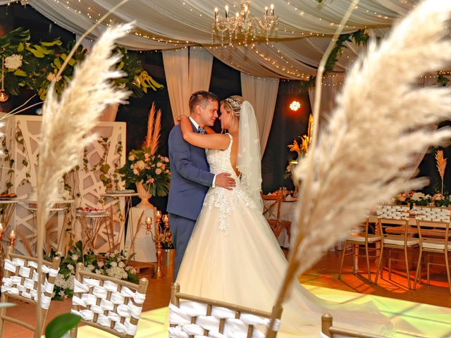 El matrimonio de Jhon  y Lina  en Ibagué, Tolima 5