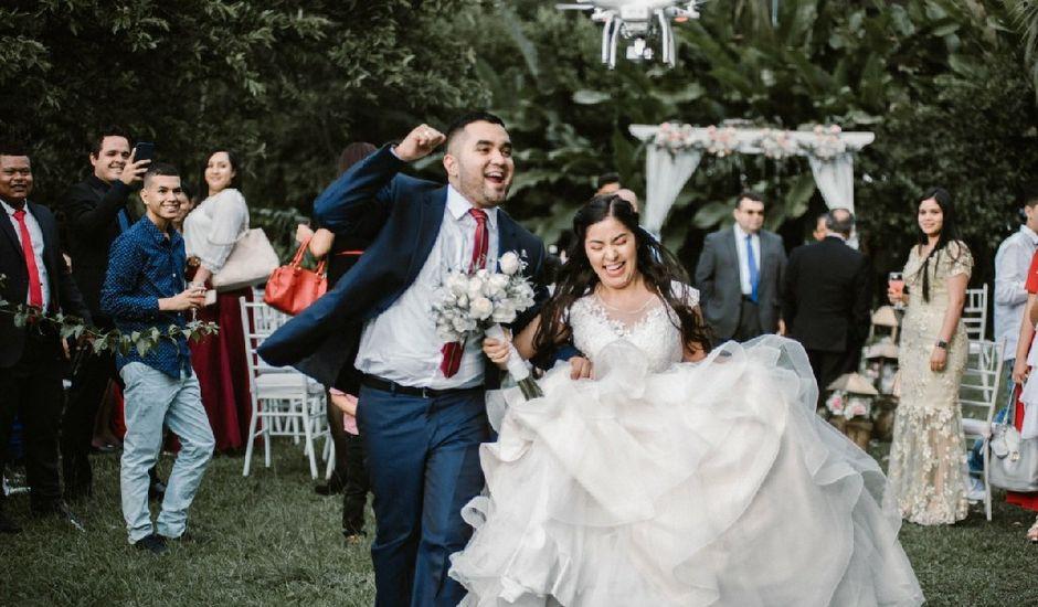 El matrimonio de Edinson y Astrid en Sabaneta, Antioquia