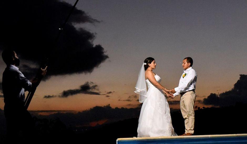 El matrimonio de Olimpo y Rosa en Nocaima, Cundinamarca