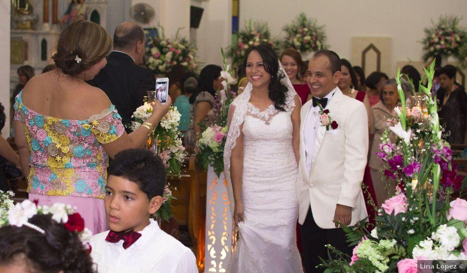 El matrimonio de Carlos y Eliana en San Juan del Cesar, La Guajira