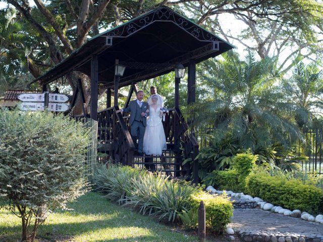 El matrimonio de Sebastián y Annika en Cali, Valle del Cauca 36