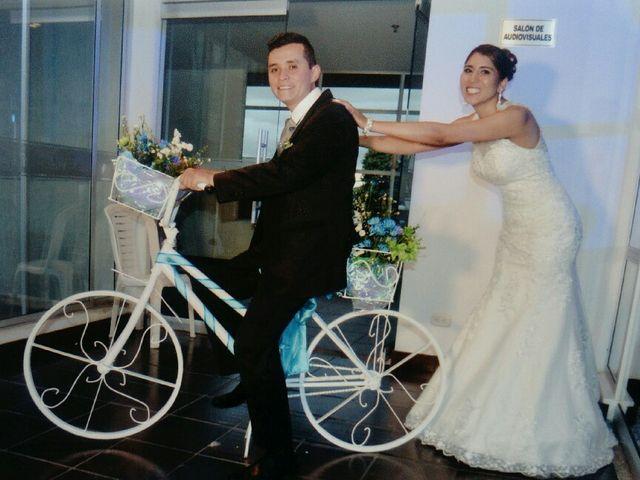 El matrimonio de Carlos  y Yesenia  en Bogotá, Bogotá DC 9