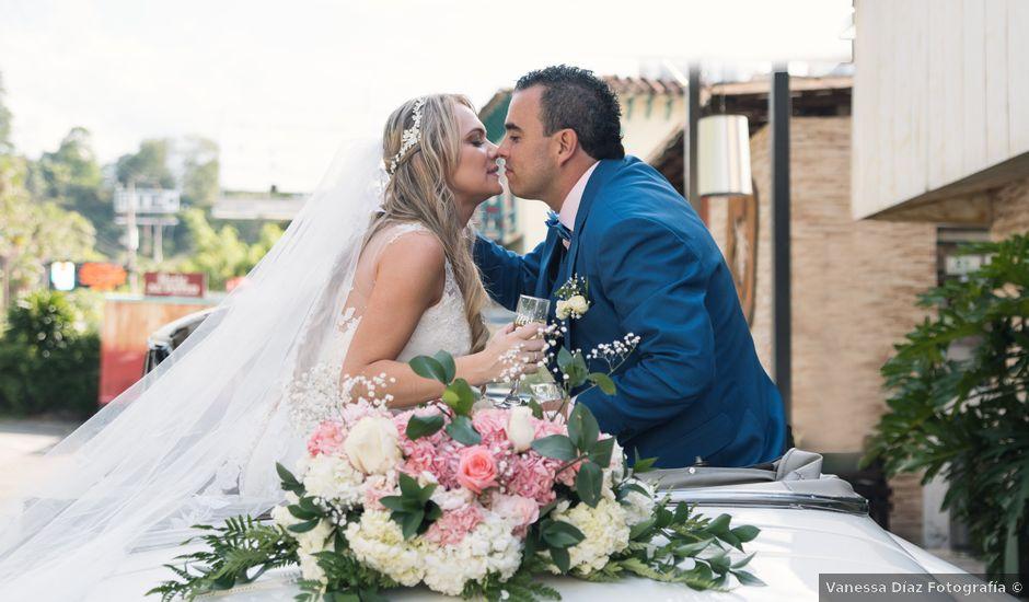 El matrimonio de Juan Esteban y Luisa en Medellín, Antioquia