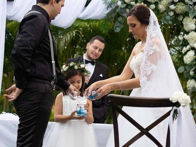 El matrimonio de Víctor  y Lina María en Palmira, Valle del Cauca 6