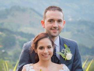 El matrimonio de Elizabeth y Victor 1