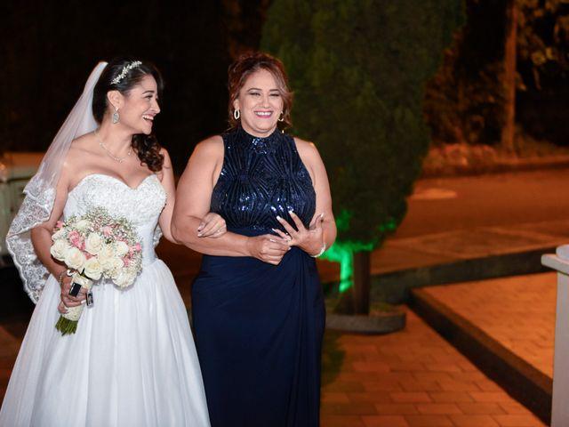El matrimonio de Luis y Viviana en Medellín, Antioquia 28