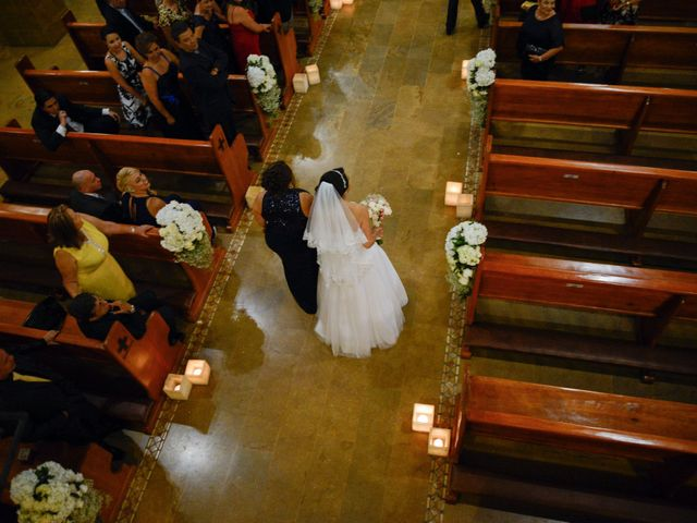 El matrimonio de Luis y Viviana en Medellín, Antioquia 30