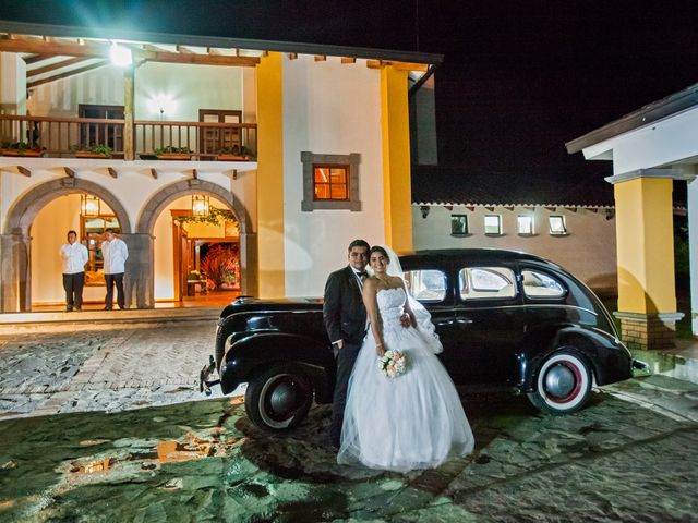 El matrimonio de Isabel y Andres