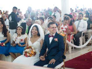 El matrimonio de Yeniffer Mercado  y Carlos Navarro 3