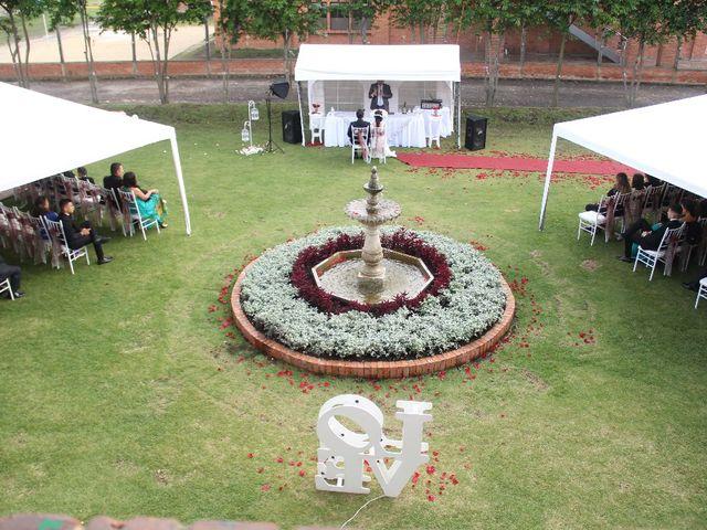 El matrimonio de Carlos Fernando  y Luz Marina  en Chía, Cundinamarca 13