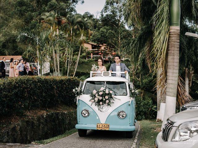 El matrimonio de Camilo y Zaret en Copacabana, Antioquia 3